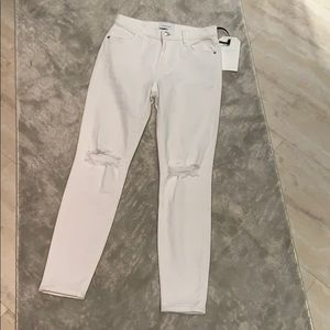 CURRENT/ELIOTT| BNWT WHITE DESTROYED JEANS 🤍